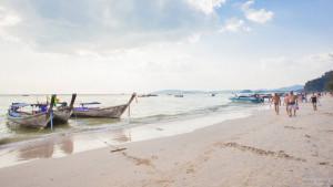 Пляж Ао Нанг (Ao Nang beach) в Краби
