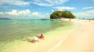 Пляж острова Пода в провинции Краби