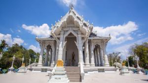 Белый храм в Краби