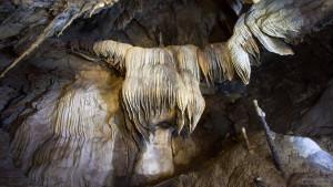 Пещера Тхам Кланг в Краби