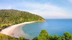 Пляж Ба Кантьян на острове Ланта