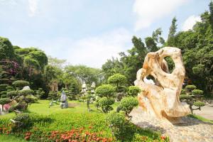 Крокодиловая ферма и парк миллионолетних камней в Паттайе