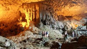 Пещера Нам Сип