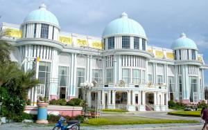 Дворец Куриного Короля Baan Sukhawadee в Паттайе