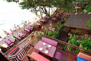 Ресторан тайской кухни Cabbages & Condoms в Паттайе