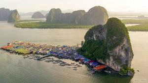 Деревня морских цыган в Пханг-Нга